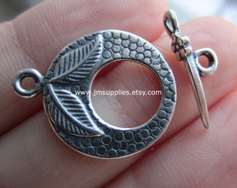 Toggle Clasp, Antique Silver 18mm Textured Round with Leaves Design