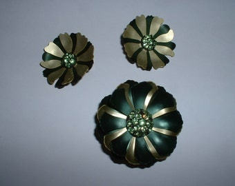 Vintage Enamel Green Rhinestone Brooch with Matching Clip Earring Unique