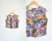 vintage handmade LEAF print rayon cropped top with CUT-OUT back. size s m.