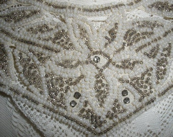free ship,BRIDAL COLLAR, NECKLACE,Gorgeous Vintage,Beaded,rhinestones,wonderful condition, off white, antique milkglass seed beads,wedding