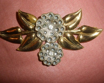 Free Ship, Victorian look brass plated VINTAGE 1930s brooch,beautiful faux marcacite, great vintage condition, altered art piece
