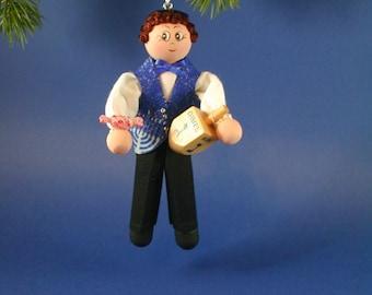 Chanukah Boy-Clothespin Ornament; Hanukah Boy Clothespin Ornament: Hanukah Gimel