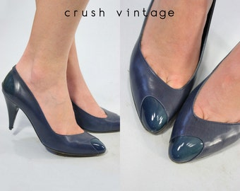 80s Shoes Thierry Mugler 6 / 1980s Vintage Pumps /  Navy Wave Pumps