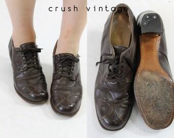 1930s Shoes Leather Oxfords Size 6  / 30s Lace Up Shoes /  Blackshear Pumps