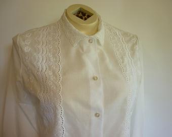 Vintage White Eyelet Lace Blouse SZ M Romantic Boho