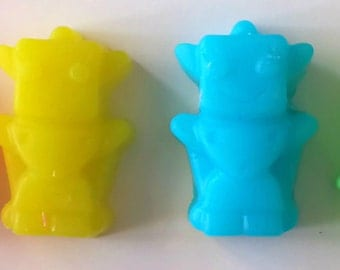 Robot Soap - Mini Robot Soaps - Party Favors - Set of 12 - Custom Colors and Scents - Soap for Kids