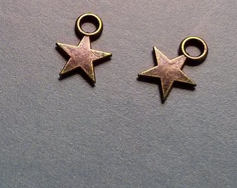 SALE - 20 tiny solid star charms, bronze  tone, 12mm