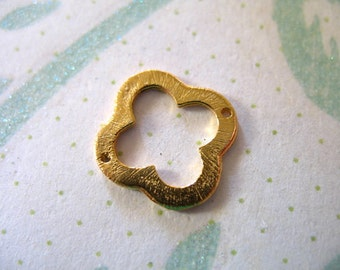 Sale.. 2 pc, Gold or Silver Quatrefoil Clover Links Connectors Pendants Charms, Sterling Silver or 24k Gold Vermeil, 15 mm, nquad15 art