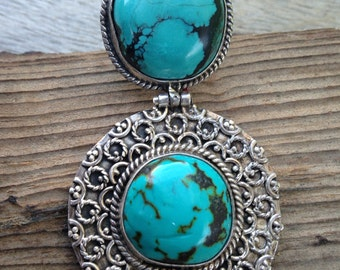 Beautiful turquoise and silver pendant