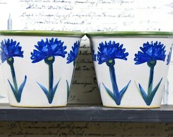 Wild flower design ceramic pot... outdoor and gardening decor...  home decor... t13 L