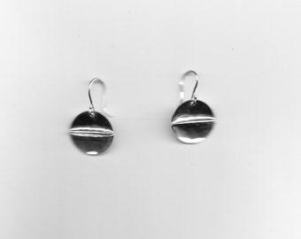 Lightweight Small Fold Form Earrings