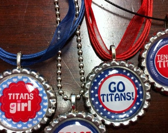 Show your team spirit w/bottlecap necklace for your Tennessee Titans.