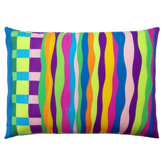 Modern Pillow Case Designs : Making Waves A Modern Pillow Cover