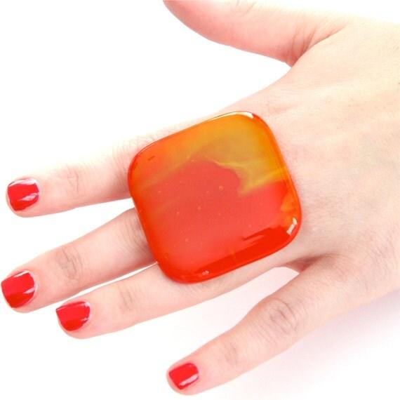Big Ring Glass - handmade bold big adjustable cocktail ring - FASHIONISTA - 1.9 inch