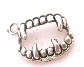 Silver Vampire Fang Fangs Teeth Charms 17mm 10 Pieces, Vampire Charm