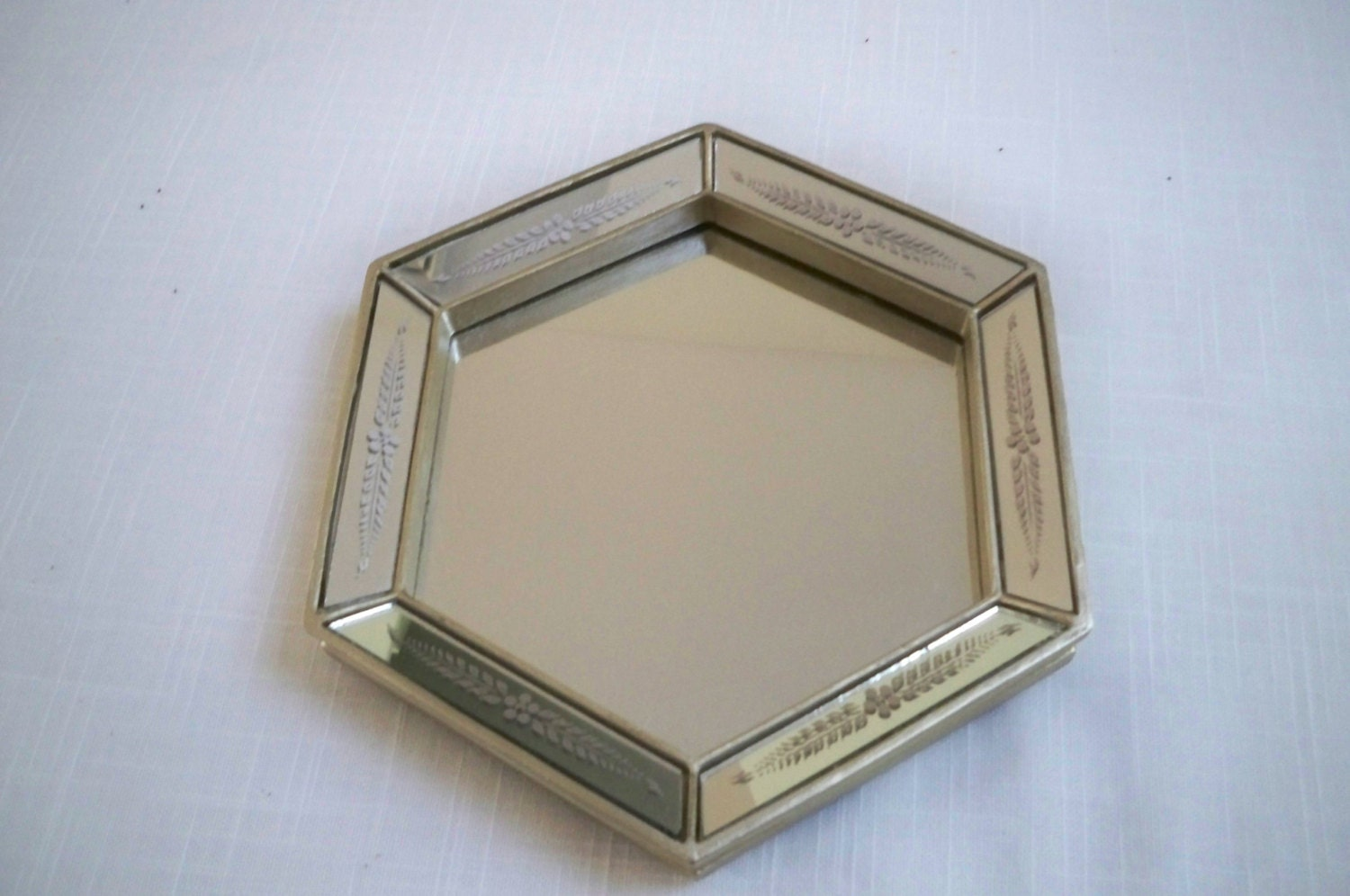 Vintage home decor mirror wall hanging or stand up mirror for Stand up mirror