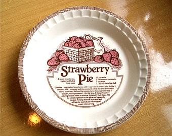 Pie Plate STRAWBERRY - Vintage