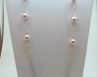 Pink pearls n chains necklace