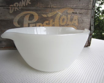 Vintage White Anchor Hocking Fire King Ware Handled Mixing Bowl