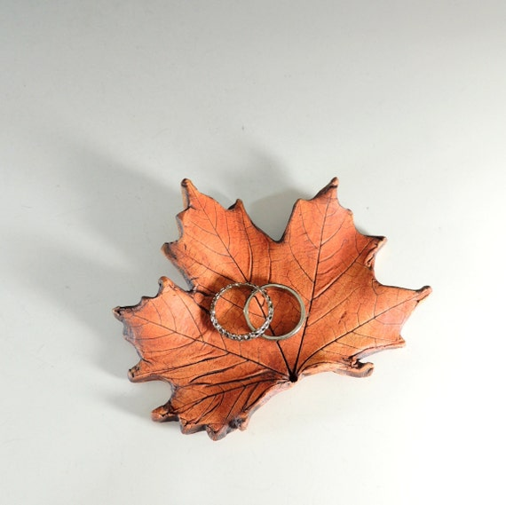 Maple Leaf / Handmade from Real Leaves in Stoneware Clay / Ring Dish / Wedding Decor / Wedding Favor / Nature Decor