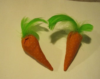 Cat Toys - 2 Carrot Cat Toys For the Vegetarian Kitty - Filled with Organic Catnip