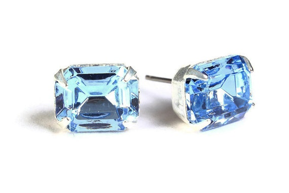 Estate style blue rhinestone crystal stud earrings (601) - Flat rate shipping