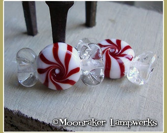 Red Peppermint Wrapped Candy Holiday Lampwork Bead