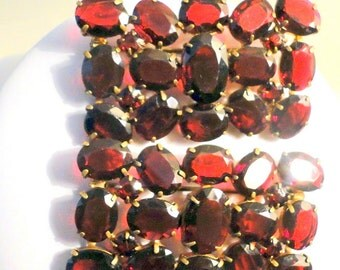 Two Red Czech French Garnet Rhinestone Matching Brooches Pins Tomeco Slovaquie Antique