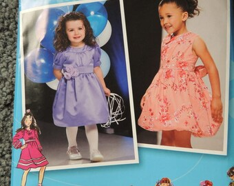 Simplicity 2767 Toddlers and Childs dress in sizes 4-5-6-7-8