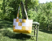 Tote Bag in Yellow