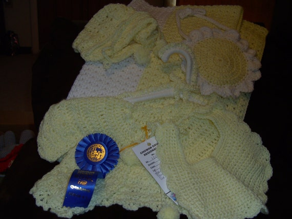 Blue Ribbon Yellow and white 6pc Baby set