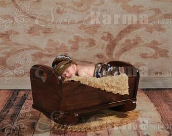 Newborn Wooden Rocking Cradle with Wallpaper Background Prop FILE 405