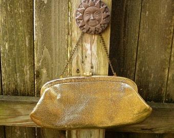 45% OFF 60s Handbag, Vintage Handbag, 60s Purse, Evening Handbag in Gold Lamé with Kiss Closure and Chain Handle