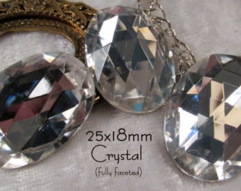 CZECH GLASS - 25x18mm - Crystal (clear) -  Faceted Jewel - 3 pcs : sku 04.23.14.3 - S54
