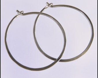 18 gauge niobium earrings: 1 inch diameter hoops small