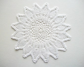 Crochet Doily Pineapple Pattern Fine White Cotton Lace Heirloom Quality