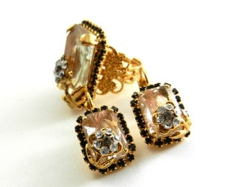 Reduced - Original and elegant earrings & ring set -vintage 1970 Italian - flowers with crystals and gold -- Art.397/3--