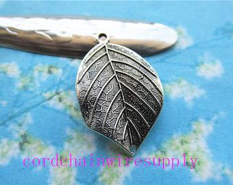 20pcs 33x20mm tibetan silver filigree leaves charms pendant findings--2 holes