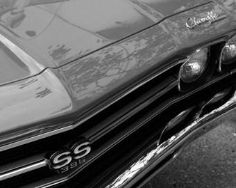 B&W vintage car photo 11