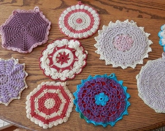 10 vintage hot pads purple, pink, green red, blue,, neutral 1950