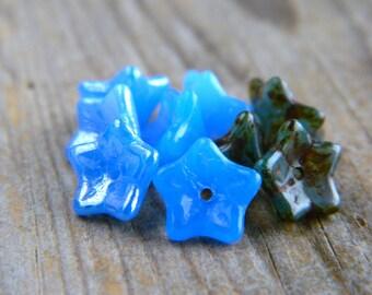 Glass flower bead mix, Czech glass beads, Glass 5-petal Trumpet Flower beads, 6X9mm, Cornflower Blue Trio Mix (12pcs) NEW