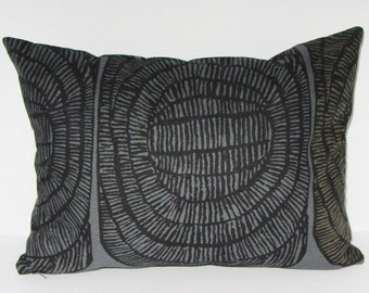 "Gray Marimekko pillow cover in authentic Marimekko fabric Mehiläispesä ""Bee hive"" from Finland, 12x16 or 12x20"", FREE SHIPPING Canada and US"