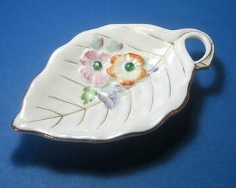 Leaf Dish, Ring Keeper, Japanese Leaf Dish, Floral Leaf Dish, Porcelain Ring Keeper, Ring Dish, Vintage Soap Dish, Vintage Teabag Holder