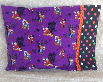 Mickey Mouse & Friends Travel pillowcase