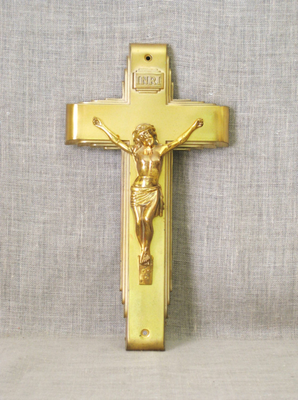 Gold Cross Wall Decor : Vintage metal crucifix cross gold religious wall decor