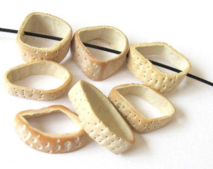 Natural saging saging shell ring beads - 6 pieces - NB051