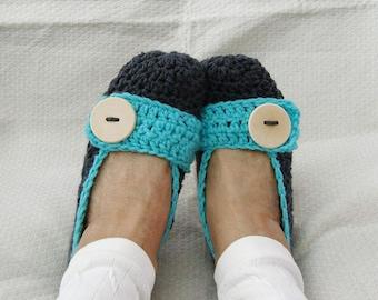 Crochet Slippers Womens Dark Gray and Turqouise