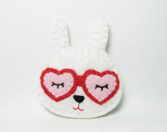 Daydreaming Bunny Brooch / Romantic White Rabbit Felt Pin / Felt Rabbit Brooch / Cute Rabbit With Heart Shaped Glasses Pin - made to order
