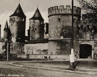 The German's Gate in Metz, Moselle, Lorraine, France - Unused Postcard