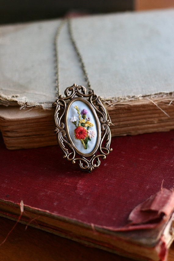 Texas wildflowers- hand embroidered necklace, summer, bouquet, flowers, floral, colorful, floral